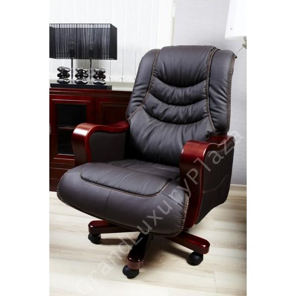 Poltrona sedia presidenziale direzionale pelle ufficio for Poltrone per studio
