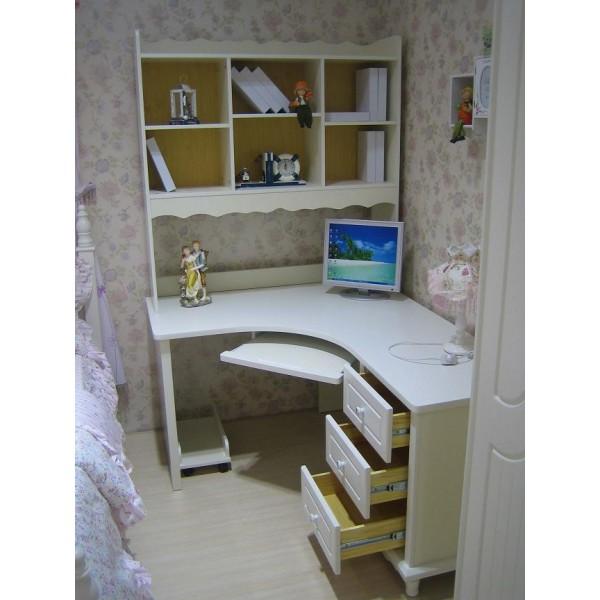 Scrivania bambini usata trattamento marmo cucina - Cucina legno bambini usata ...