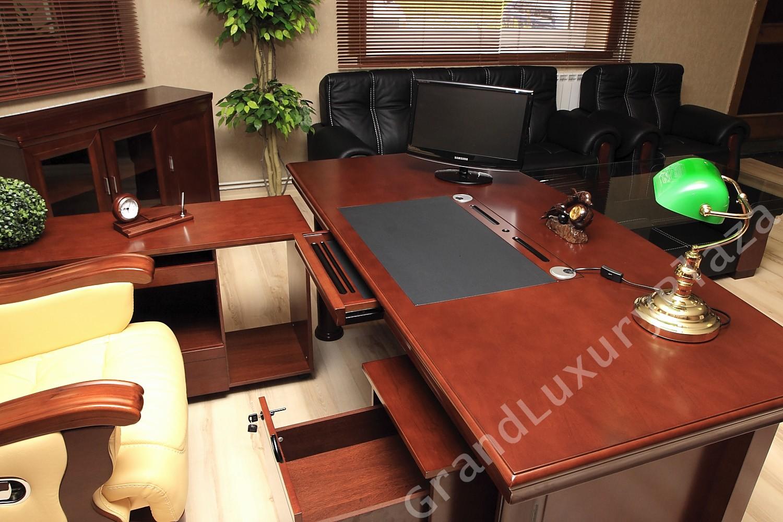 Scrivania tavolo ufficio studio presidenziale direzionale for Studio arredo